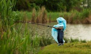 5 Дельных советов во время рыбалки в дождь